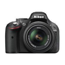 NIKON D5200 + 18-55 AF-S DX VR